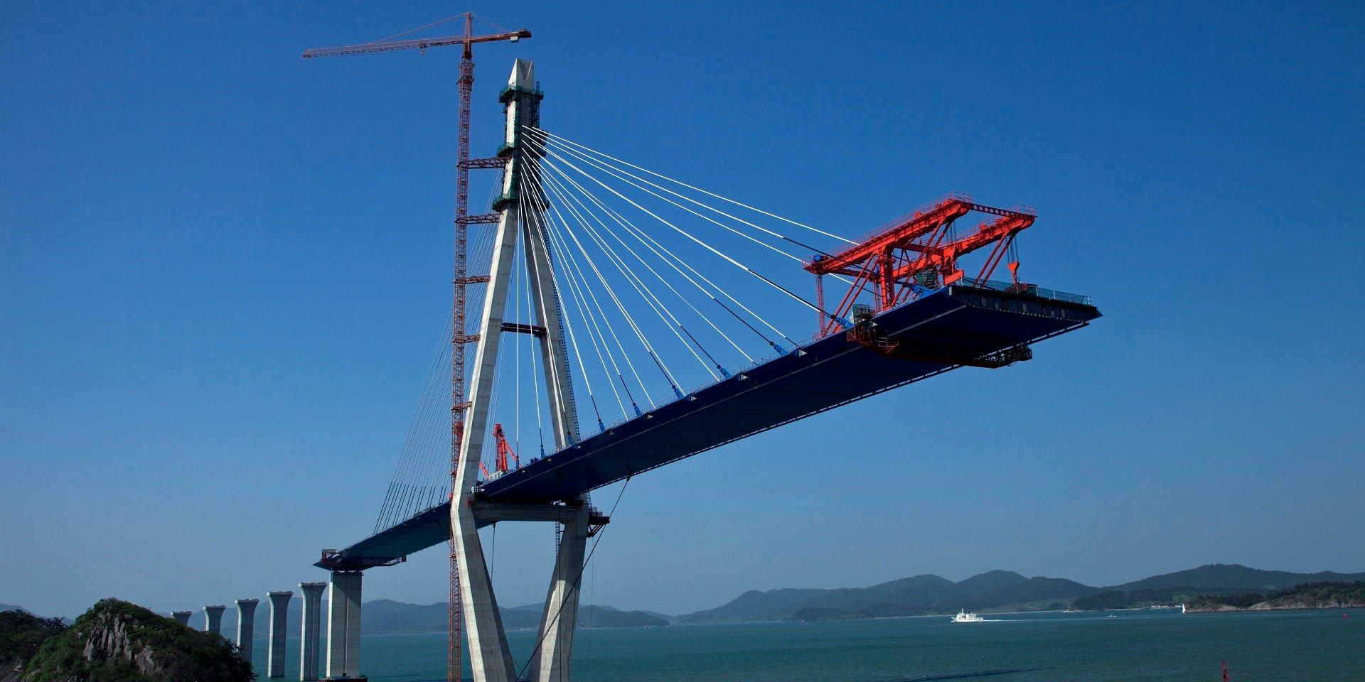 bridge_in_contruction_1920x960
